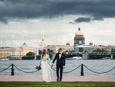 Comment rencontrer une femme russe à Saint-Pétersbourg ? On vous donne la meilleure adresse